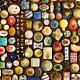 アートスペース油亀企画展 「豆皿だけのうつわ展ー小さいけど、すごいやつ。小さいから、すごいやつ。ー」より